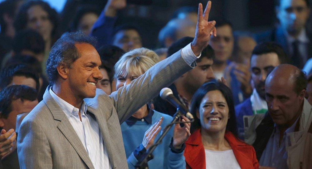 Daniel Scioli, candidato oficialista  a la presidencia argentina