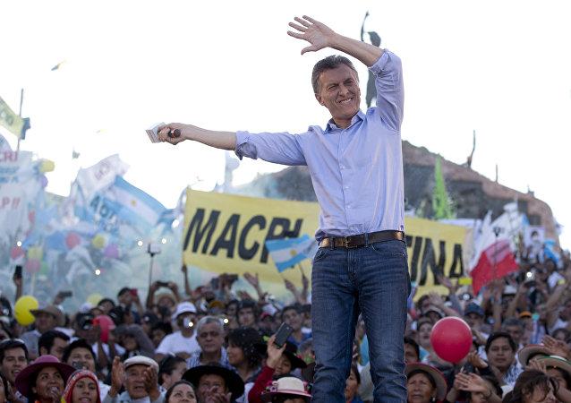 Mauricio Macru durante el cierre de su campaña electoral