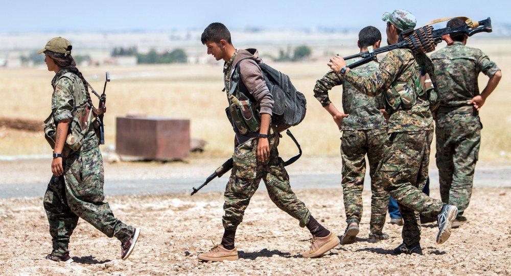 Militantes kurdos (archivo)
