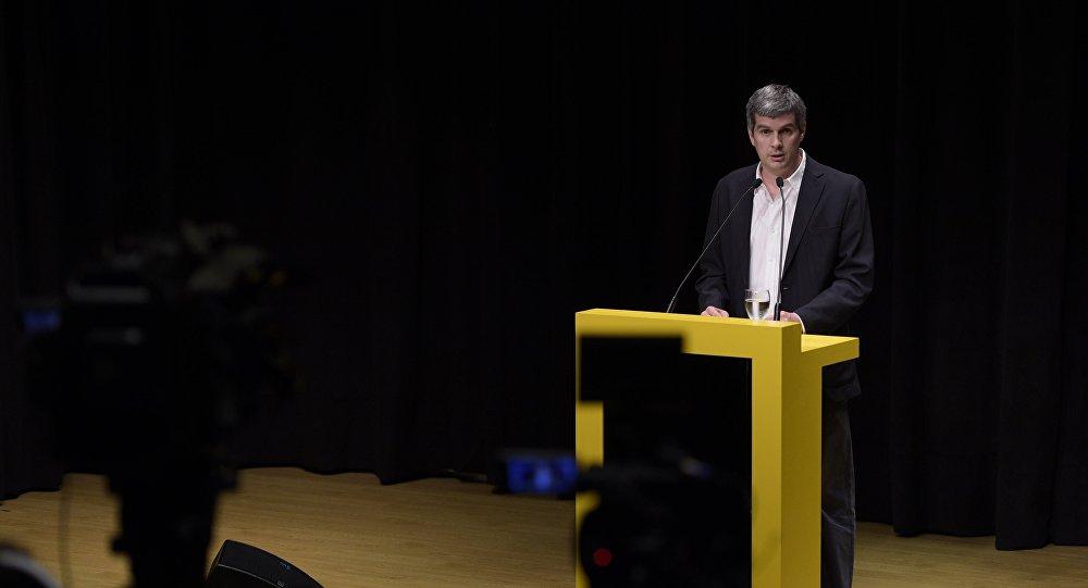 Marcos Peña, futuro jefe de gabinete del Gobierno, anuncia futuros ministros, Argentina