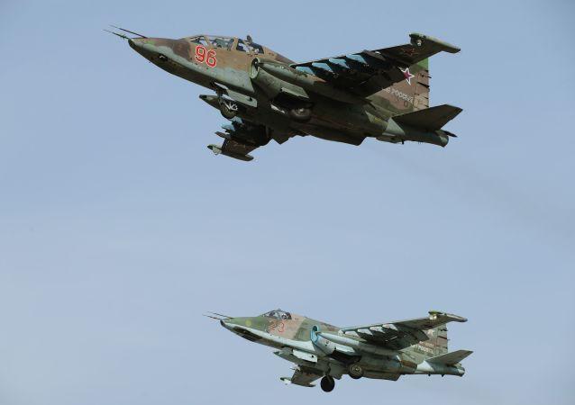 Aviones de ataque rusos Su-25SM