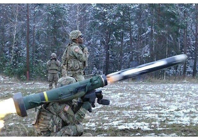 El misil FGM-148 Javelin en acción