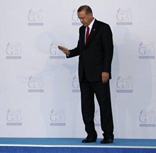 Presidente de Rusia, Vladímir Putin (izda.) y presidente de Turquía, Recep Tayyip Erdogan durante la cumbre del G20 en Antalya