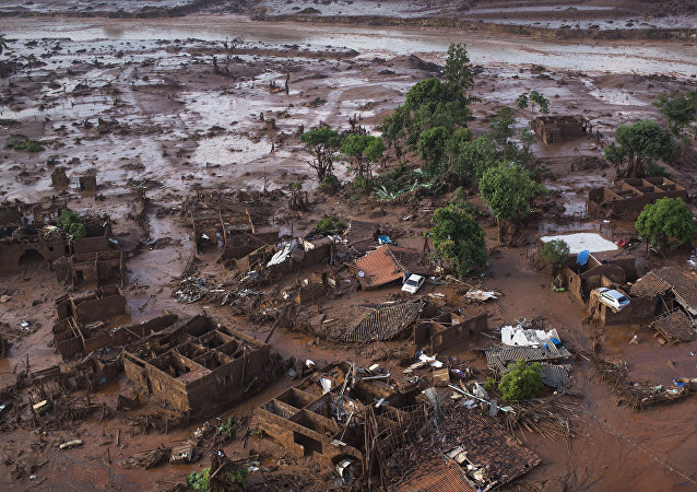 Consecuencias de la represa minera de Samarco el 5 de noviembre