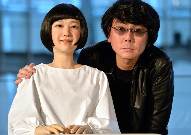Hiroshi Ishiguro, investigador japonés