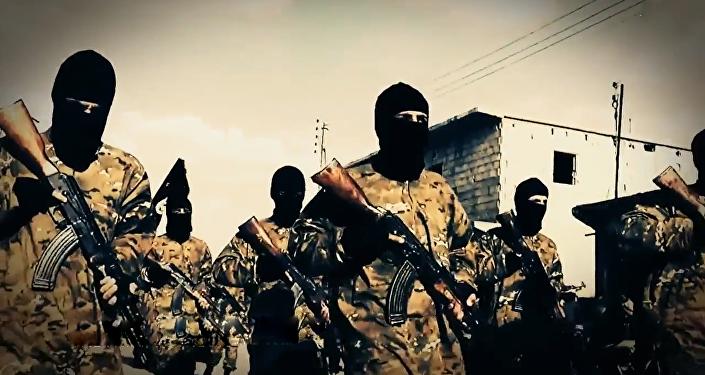 Terroristas del grupo yihadista Daesh