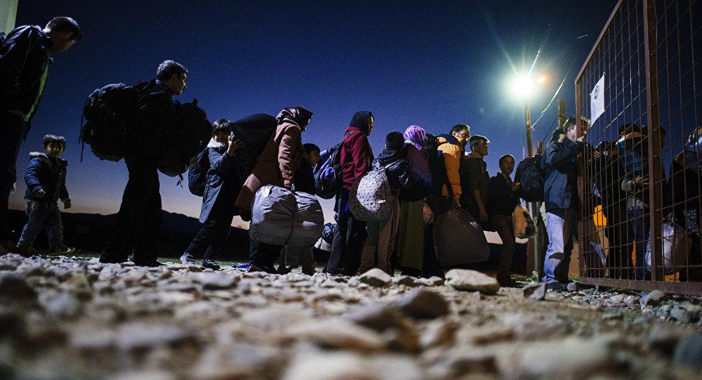Refugiados en la frontera entre Macedonia y Grecia (archivo)