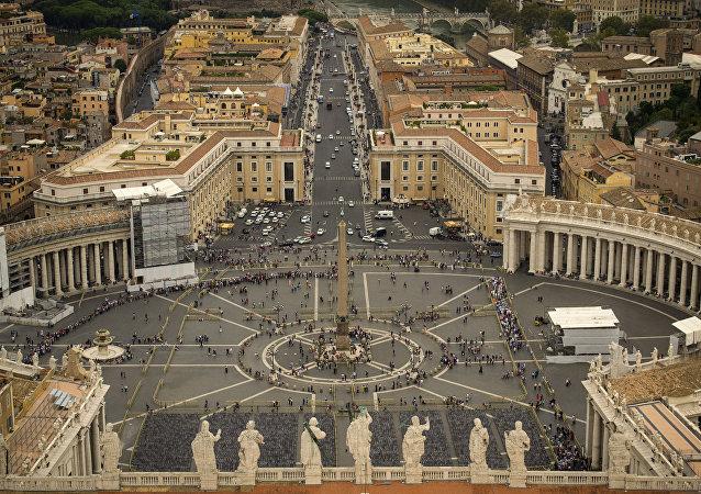 La Plaza de San Pedro, el Vaticano