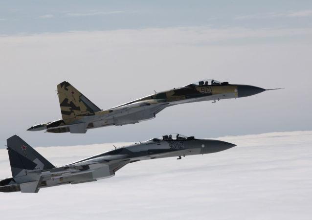 Cazas rusos Su-35
