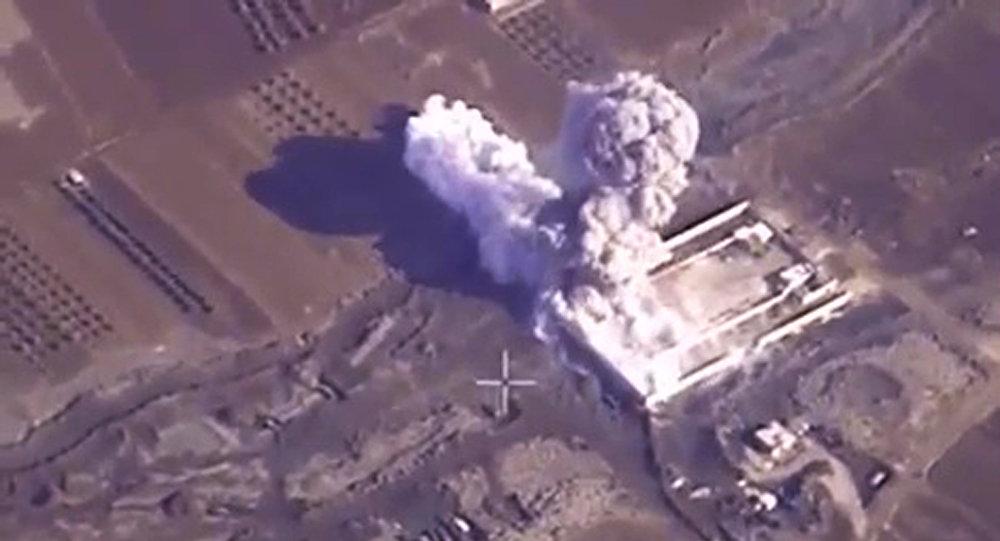 Ataques aéreos rusos contra las posiciones de Daesh y otros grupos terroristas en Siria
