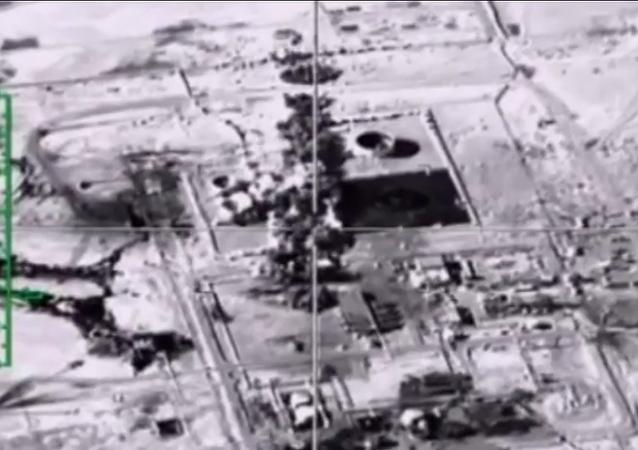 Los ataques aéreos rusos contra los terroristas en Siria