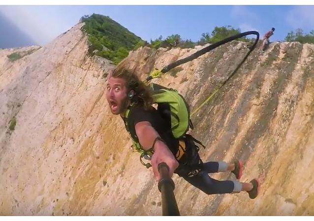 Un salto de infarto y mucha adrenalina