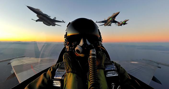 Cazas F-16 de la Fuerza Aérea Griega