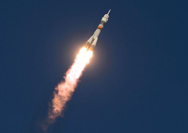 Lanzamiento del cohete tripulado Soyuz MS desde el cosmódromo Baikonur