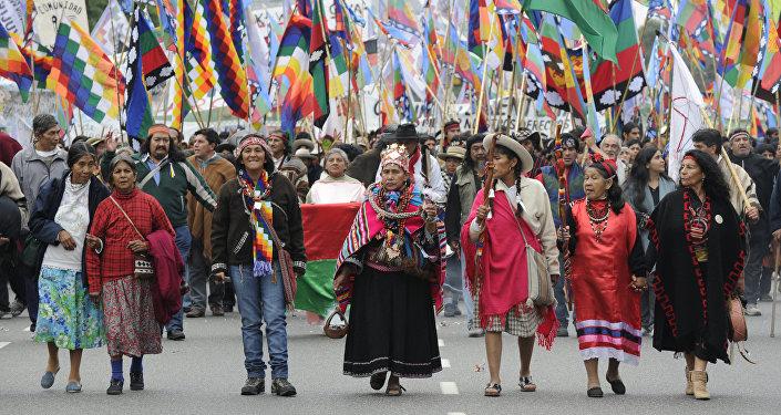Indígenas de Argentina esperan ser reconocidos por nuevo Gobierno