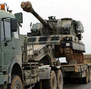 Un convoy militar turco en la frontera entre Turquía e Irak