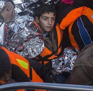 Refugiados llegan a la isla griega de Lesbos