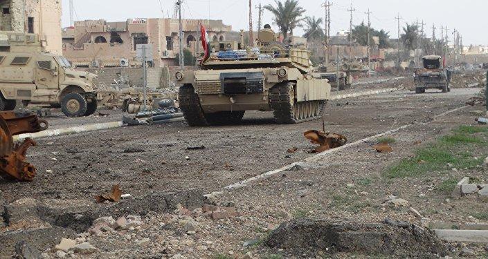 El Ejército iraquí acorrala a terroristas de Daesh en edificio gubernamental en Ramadi