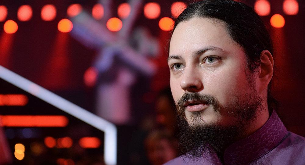 Fotiy (Vitali Molchánov), monje y ganador de la cuarta emisión del concurso televisivo La Voz