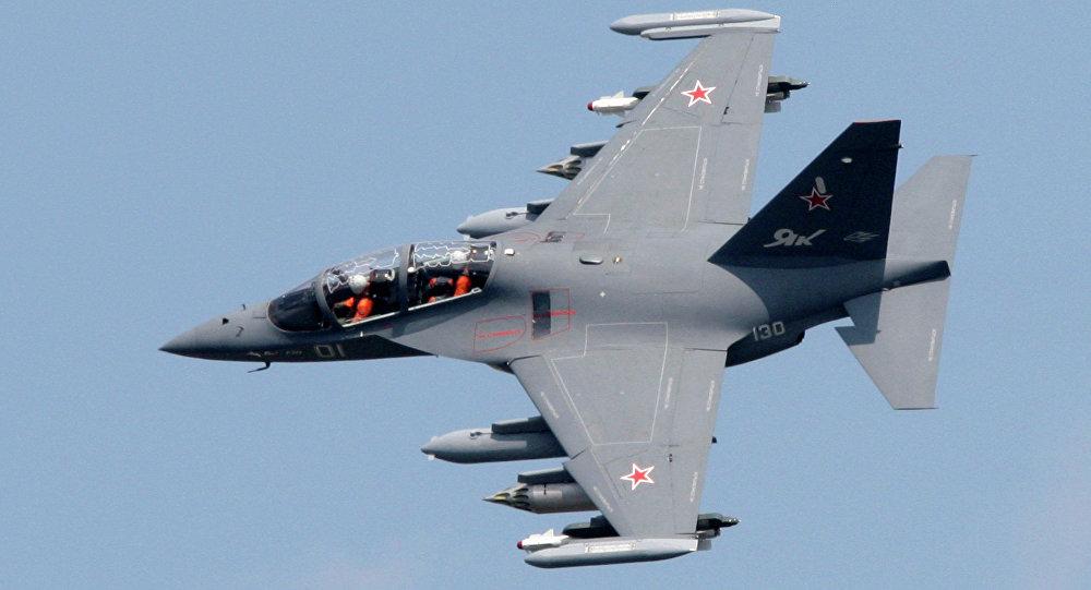 Avión Yak-130