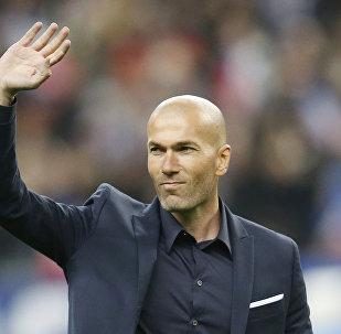 Zinedine Zidane, el excapitán de la selección francesa y actual entrenador del Real Madrid