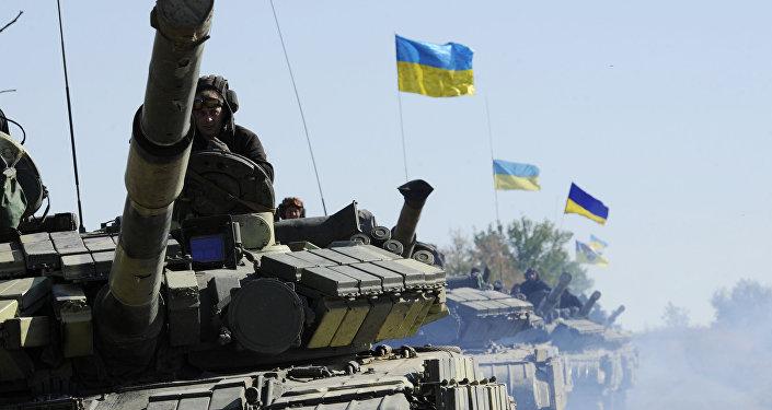 Tanques del Ejército de Ucrania en la provincia de Lugansk (archivo)