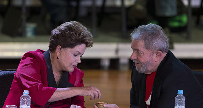 Expresidentes de Brasil Dilma Rousseff y Luís Inácio Lula da Silva (archivo)
