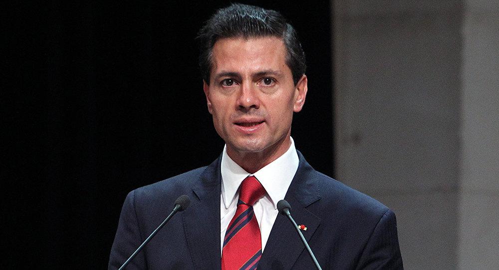 Peña Nieto arriba a París para participar en la cumbre
