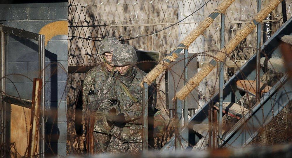 Soldados surcoreanos en la frontera