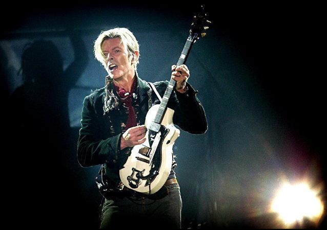 David Bowie, músico británico