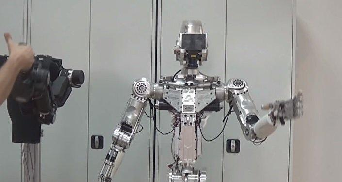 Un robot avatar desarrollado por la empresa rusa Android Techniques
