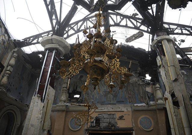 Una iglesia destruida en Donetsk