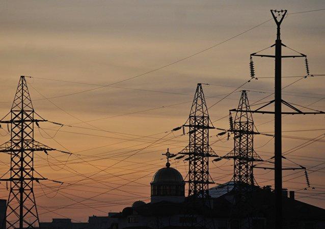 Torres de alta tensión en el oeste de Ucrania