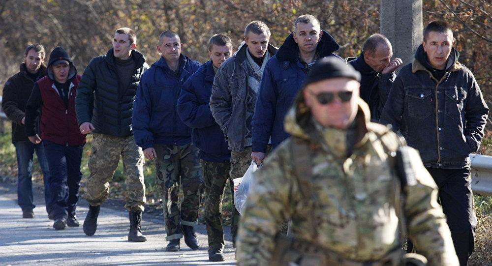 Canje de prisioneros en el este de Ucrania (archivo)