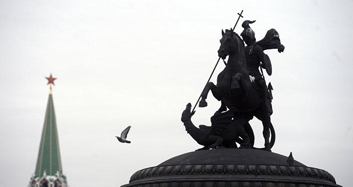Estátua de Jorge de Capadocia en Kremlin