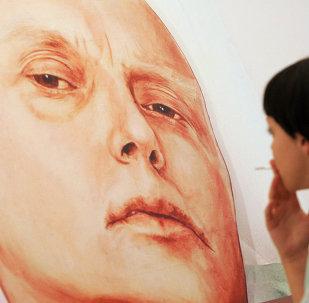 El retrato de Litvinenko en la galería Guelman