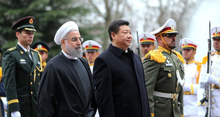 El presidente de Irán, Hasán Rohaní, y el presidente de la República Popular China, Xi Jinping