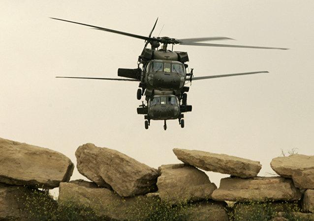 Helicópteros estadounidenses Black Hawk