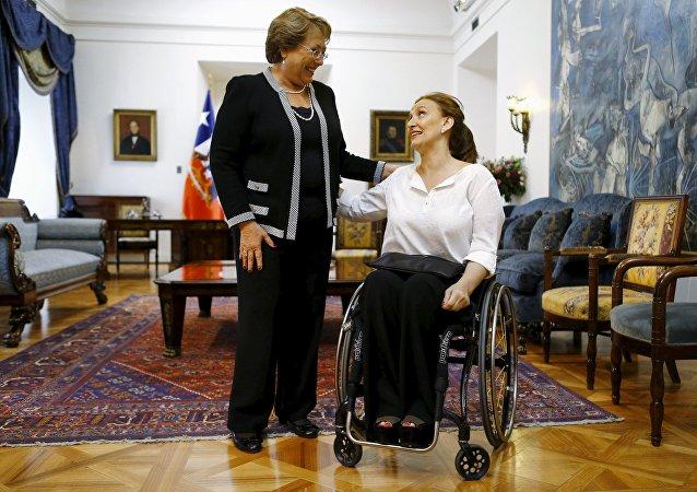 Michelle Bachelet, presidenta de Chile, y Gabriela Michetti, vicepresidenta de Argentina