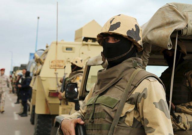 Un militar egipto