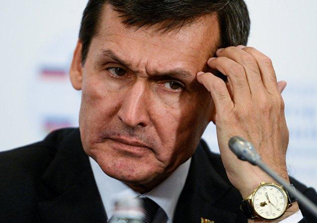 El canciller turkmeno, Rashid Merédov