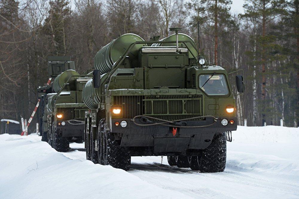 Misiles antiaéros en guardia en la provincia de Moscú