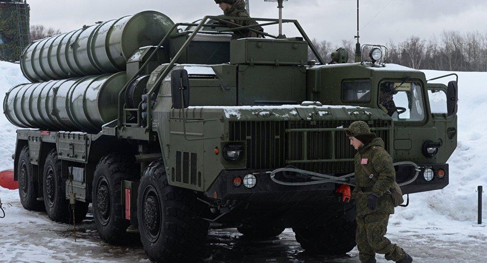 Los sistemas antiaéreos S-400
