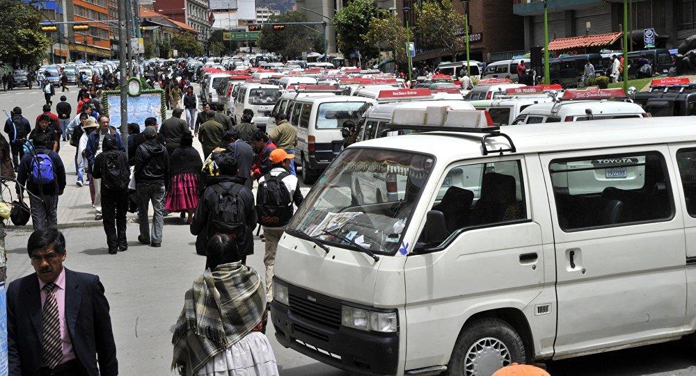 Transporte público, Bolivia (Archivo)