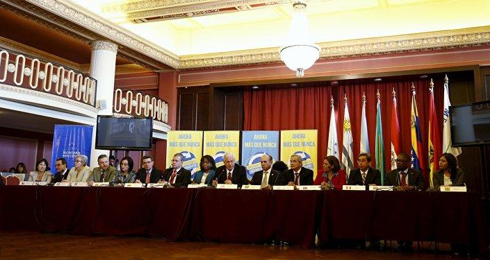 Ministros de salud de América Latina en una reunión sobre el virus zika