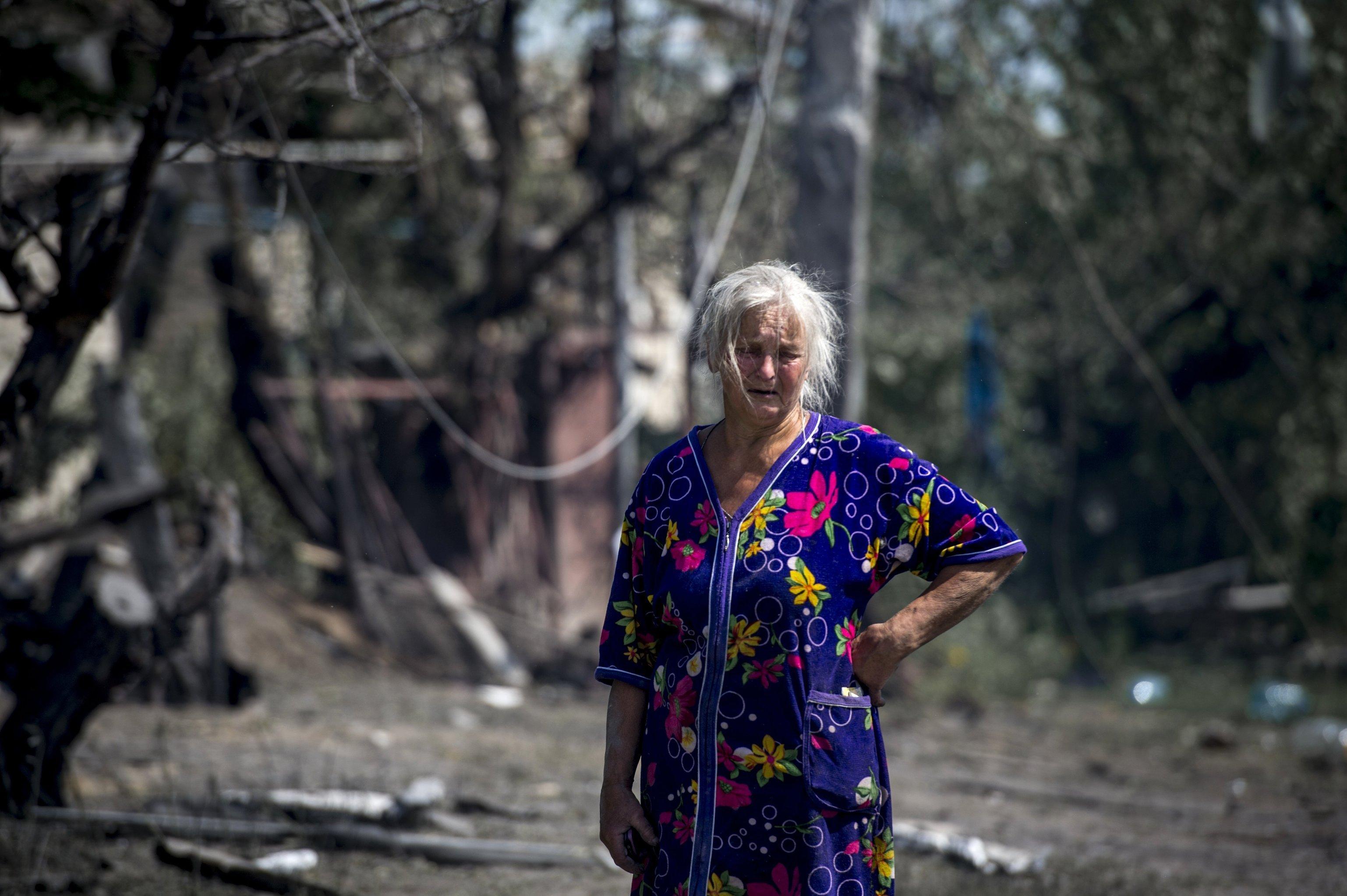 Una mujer local de stanitsa Luganskaya