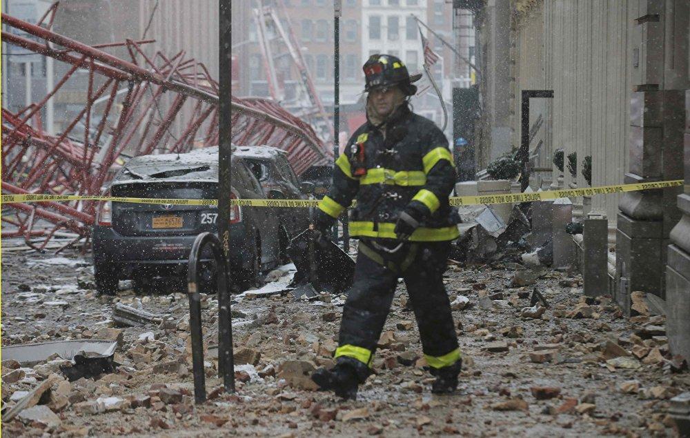 El derrumbe de una grúa de construcción en Manhattan