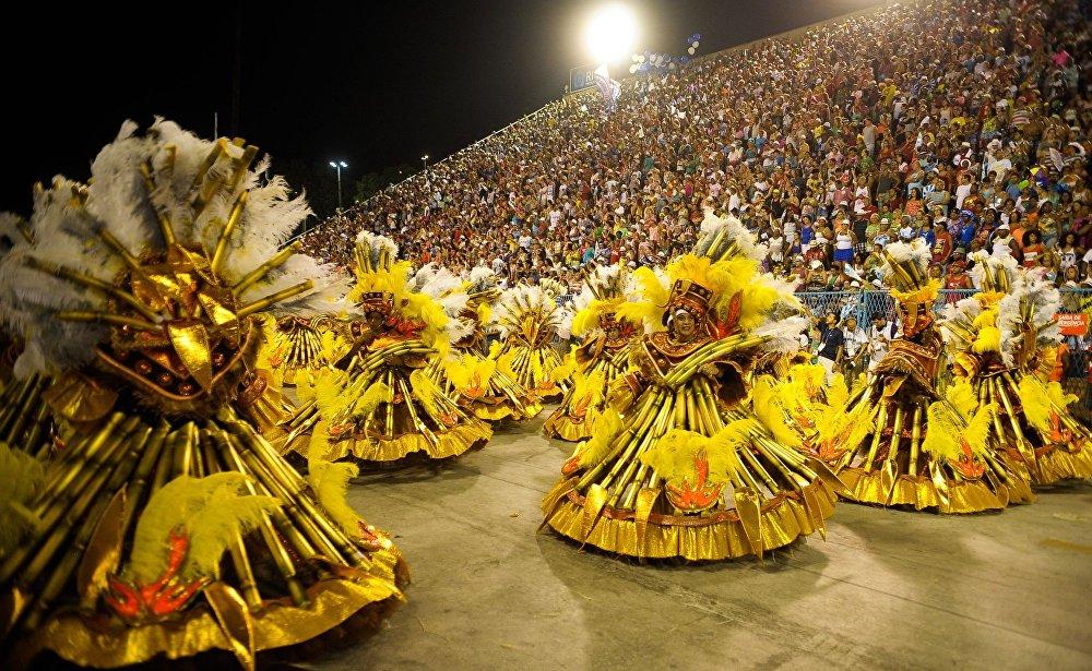 El Desfile de las escuelas de samba en Río de Janeiro