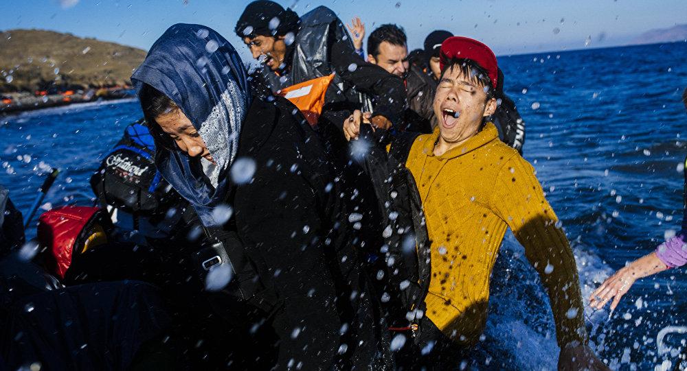 Refugiados llegan a la isla de Lesbos, Grecia
