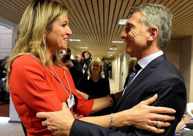 La reina Máxima de Holanda con el presidente de Argentina, Mauricio Macri